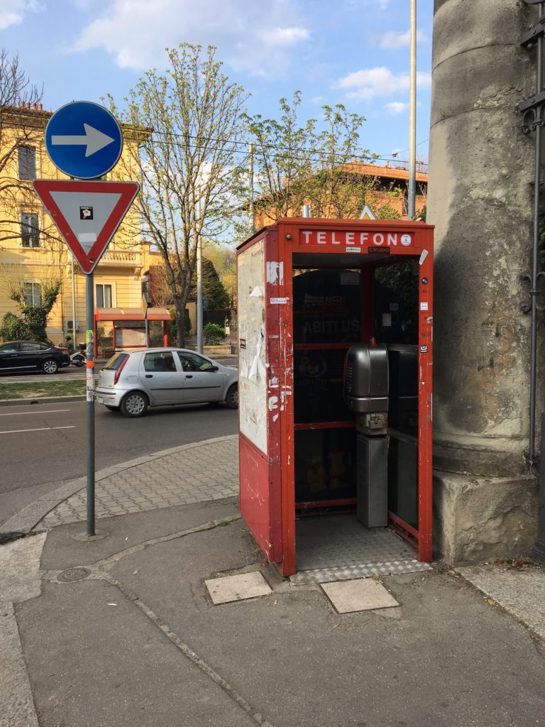 Telephone_Booth_Bologna